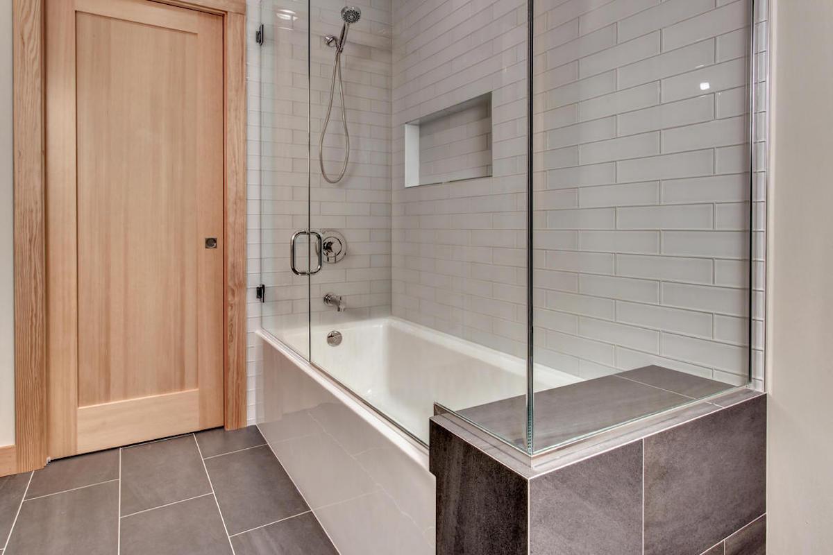 Bath10internet